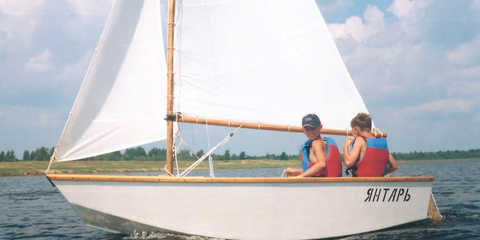 Sports yachts and dinghies