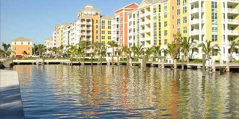 Suntex Marina at South Lantana