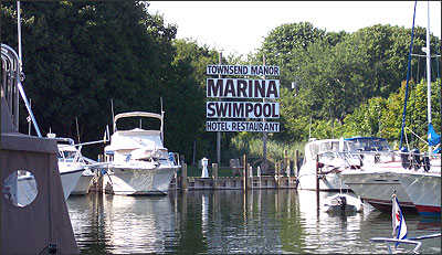 Townsend Manor Inn and Marina